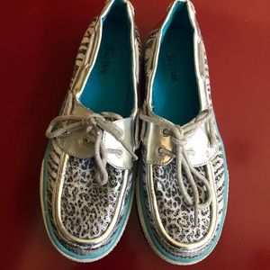 JUSTICE sequined loafers very good cond Girls 6.5